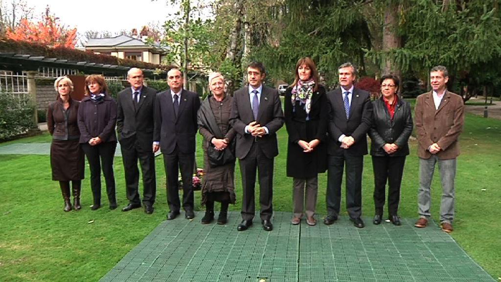 Euskadi recuerda a las víctimas del terrorismo en el Día de la Memoria [9:50]