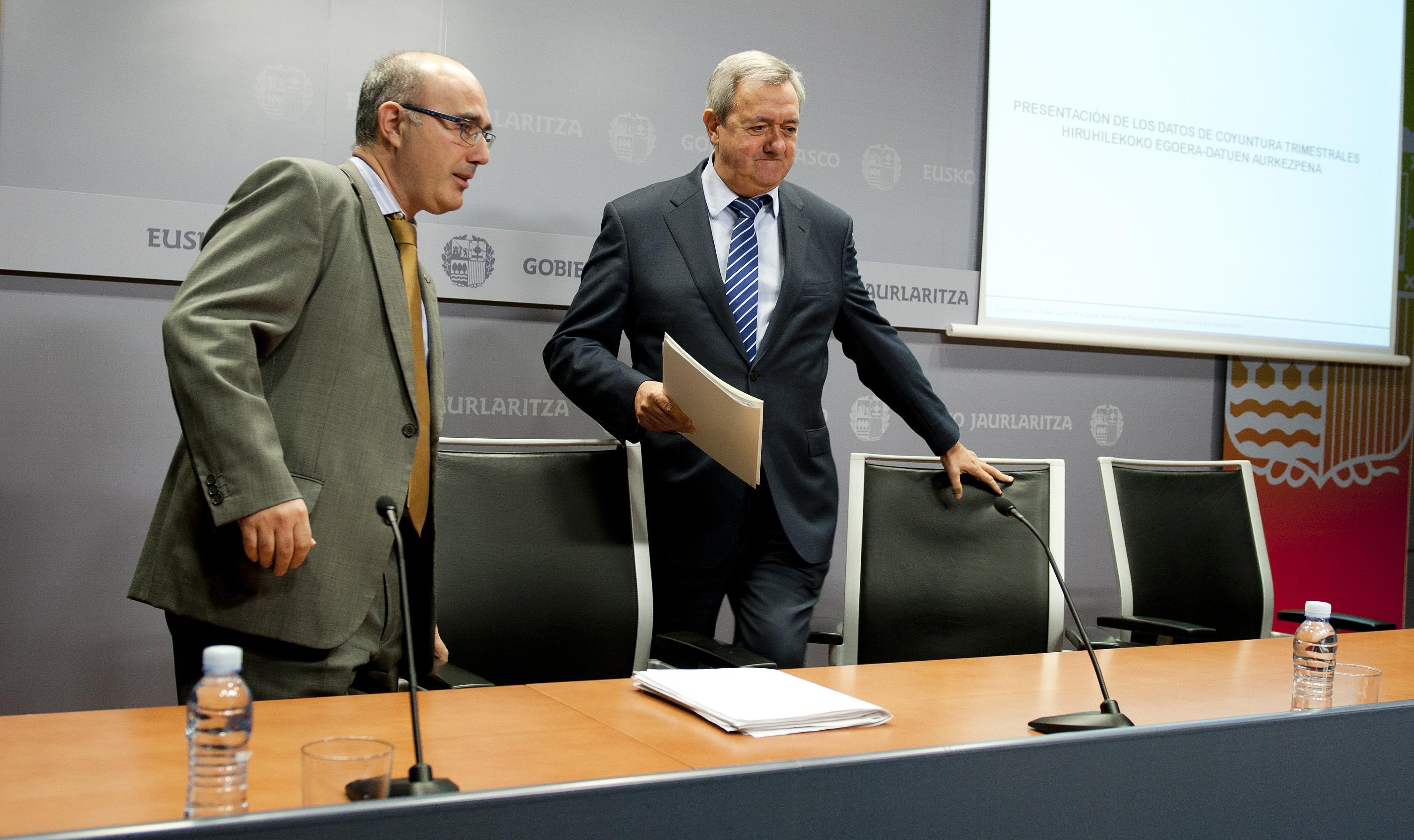2012_11_14_aguirre_cuentas_economicas_02.jpg