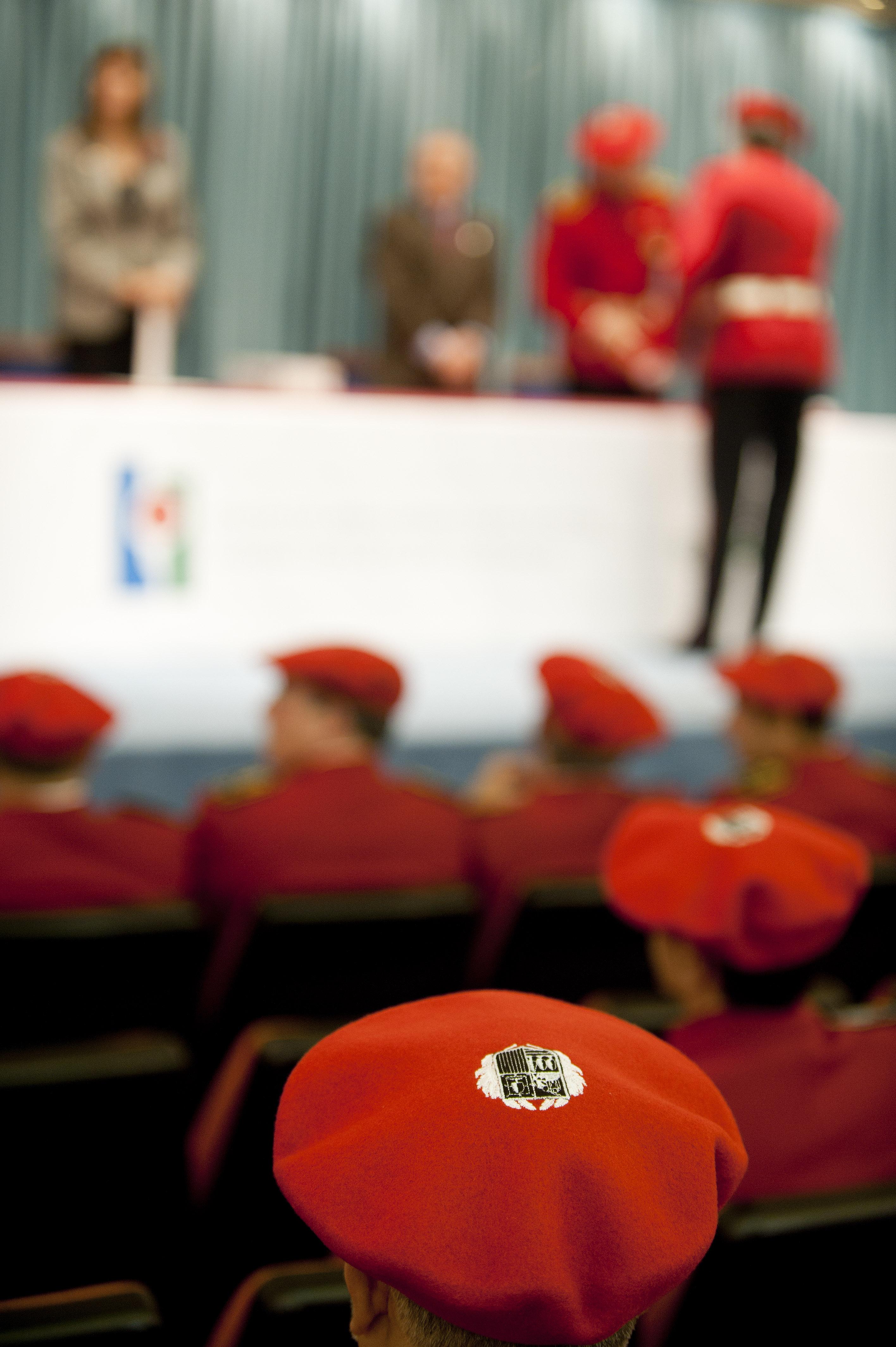 2012_12_05_mendia_entrega_diplomas_05.jpg
