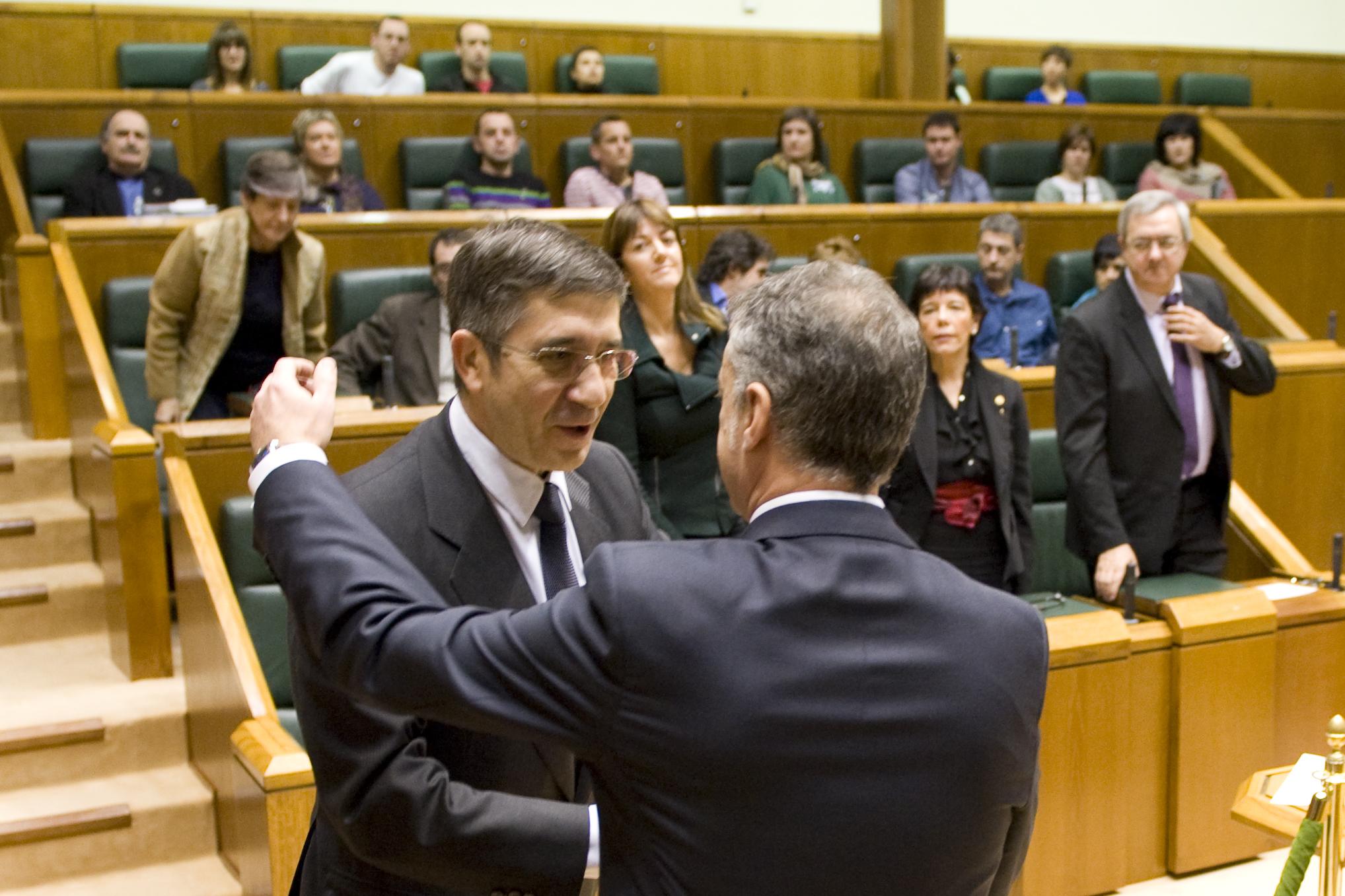 2012_12_13_lehen_parlamento_612.jpg