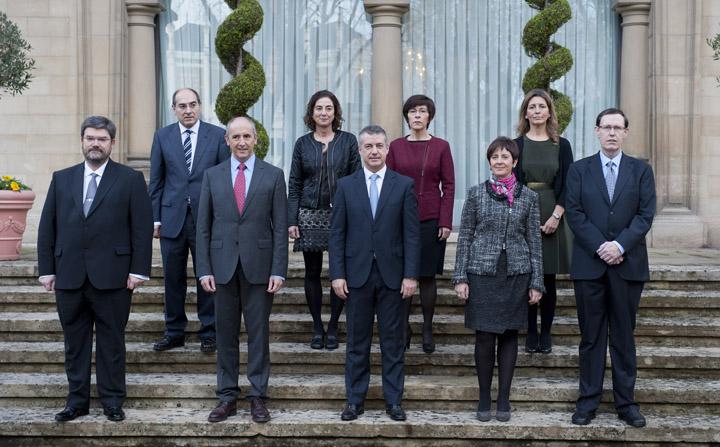 Los consejeros del Gobierno Vasco toman posesión de sus cargos [3:21]