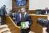 Eusko Legebiltzarrak 2013ko aparteko ordainsariak urtarrilera eta uztailera aurreratzea onartu du