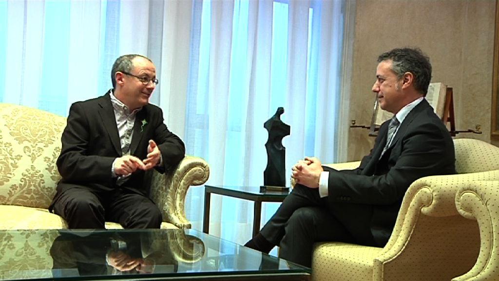 El Lehendakari se reúne con el alcalde de Donostia-San Sebastián [0:50]