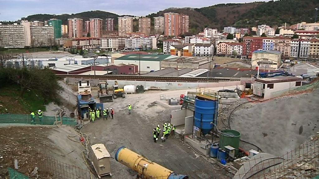 Tokiko erakundeek Donostialdeko metroaren inguruan adostasuna lortzeko prozesuan izan duten egin eginkizuna azpimarratu du Oregik [0:53]