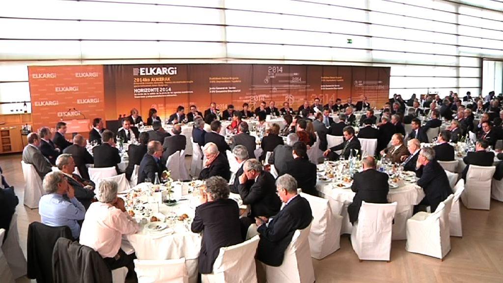 El Lehendakari ofrece a las formaciones políticas analizar la situación actual para consensuar las medidas necesarias  [15:29]