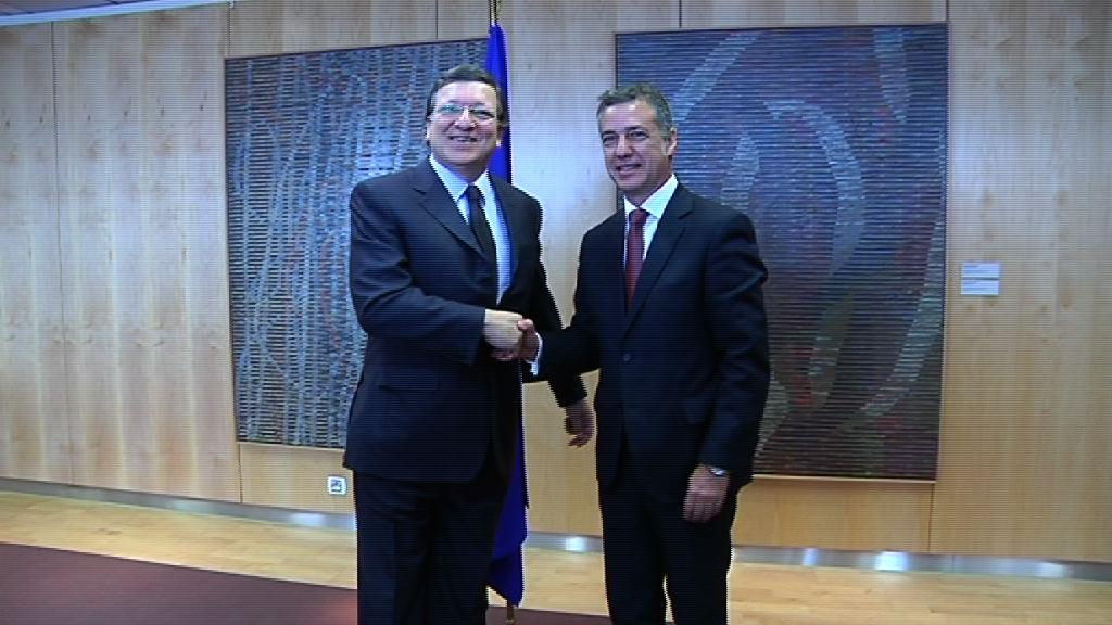 Lehendakaria Durao Barroso Europako Batzordeko presidentearekin bildu da   [0:35]