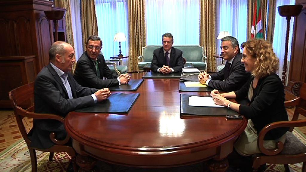 El Lehendakari se reúne con los Diputados Generales y la Presidenta de EUDEL [1:15]