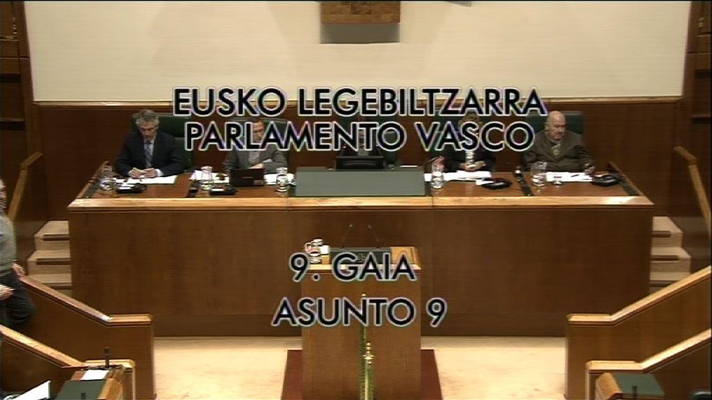 Pleno de control en la Parlamento vasco [8:57]