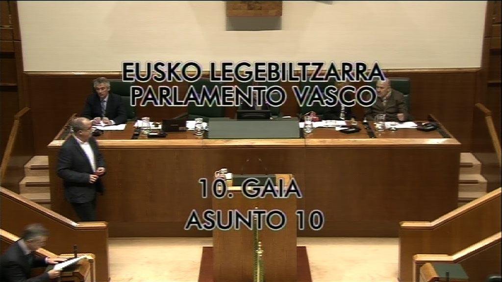 Pleno de control en la Parlamento vasco [8:21]