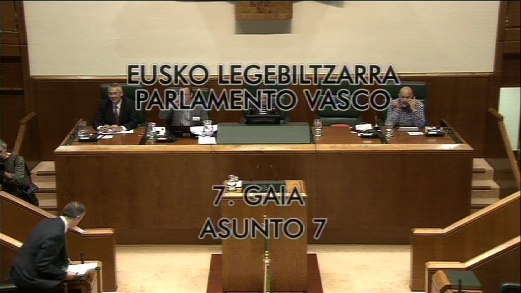 """El Lehendakari asegura que la LOMCE colocaría a Euskadi en el """"pelotón de los más torpes de Europa"""" [24:40]"""