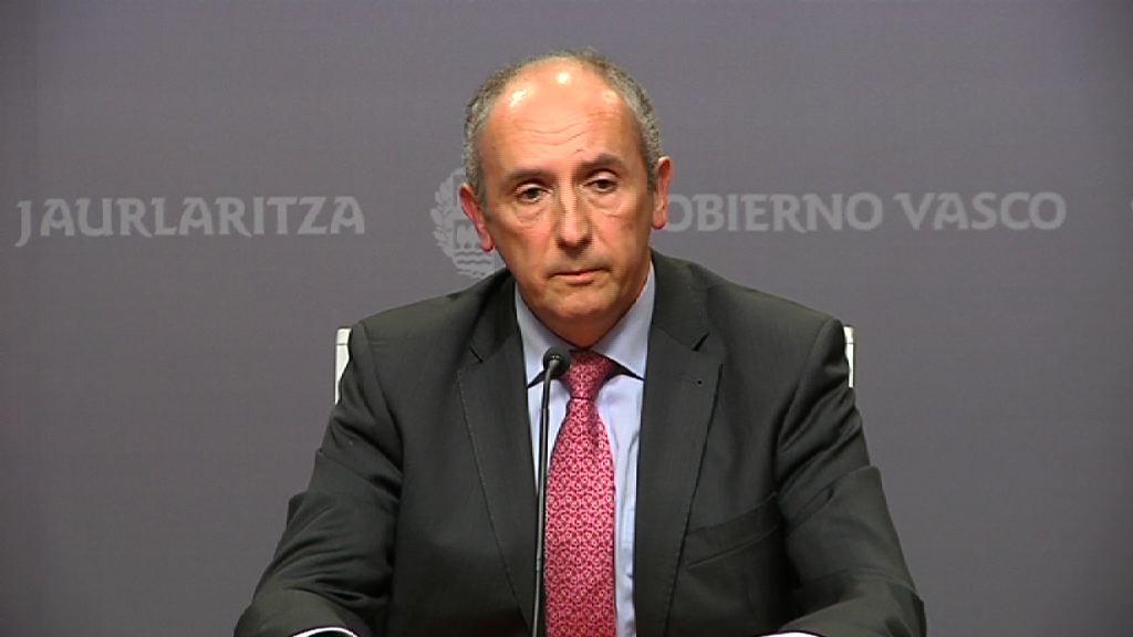 """El Gobierno vasco considera que las declaraciones de Navarro suponen un """"ataque frontal"""" a una de las """"piezas esenciales"""" del autogobierno vasco [5:47]"""