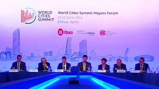 Cronica lhk cumbre alcaldes