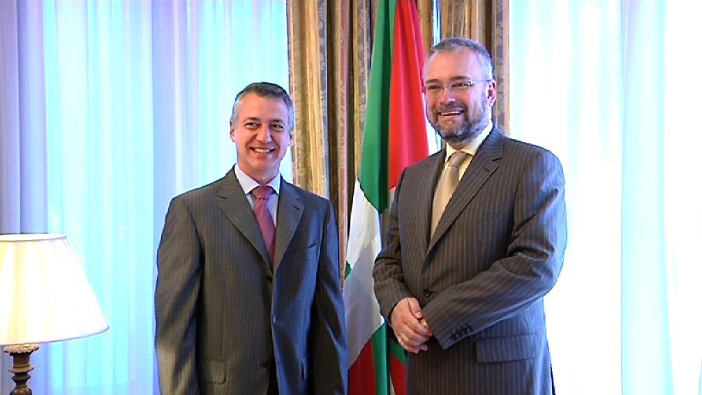 Lehendakaria Kroaziaren Enbaxadorearekin bildu da  [0:47]
