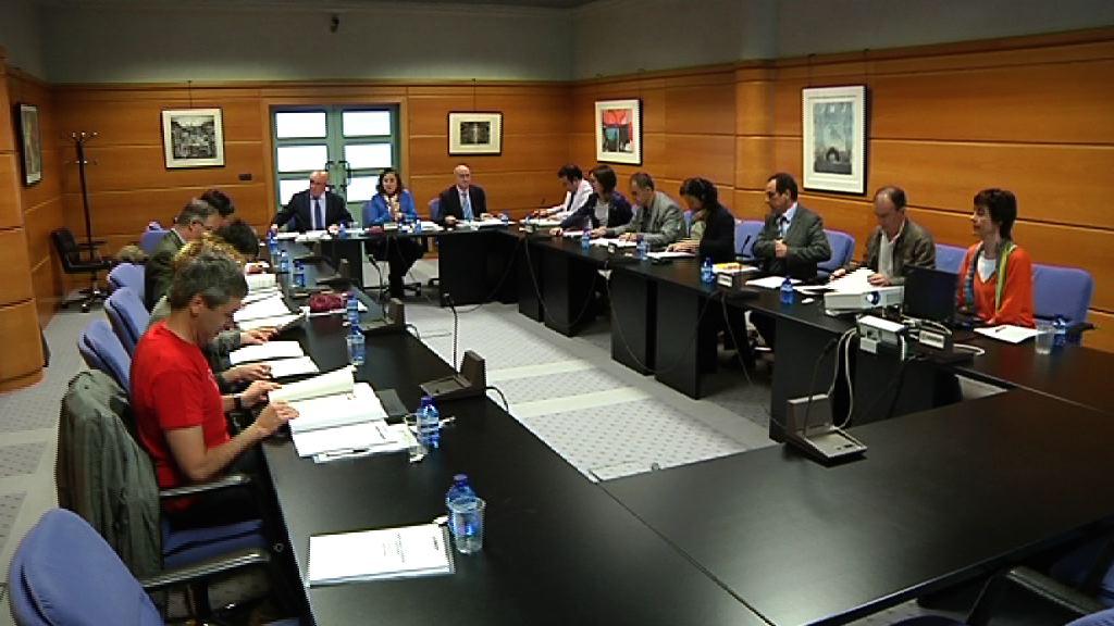 La comisión de Política Lingüística HAKOBA celebra su reunión anual [0:52]