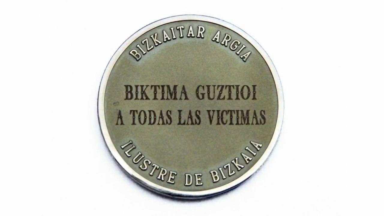 """El Lehendakari afirma que las víctimas merecen una política pública de """"memoria crítica y democrática"""" [3:12]"""
