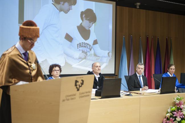 «Euskadi adostasunez eraikitzen jarraituko dugu»