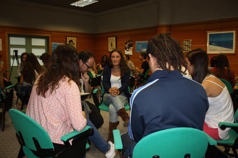 20 estudiantes de Secundaria participan en el World Café del Dia Europeo de las Lenguas