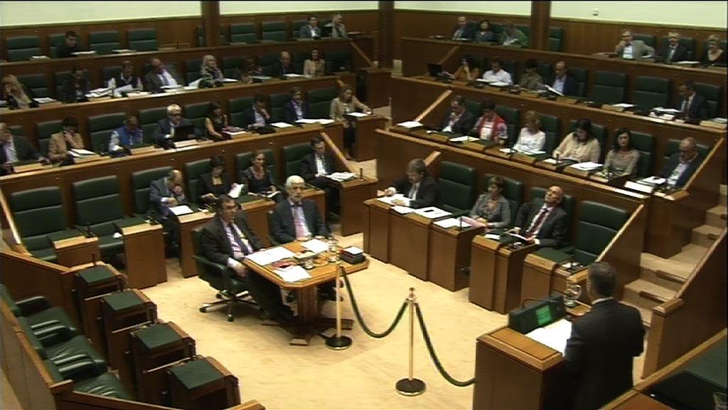 EL Lehendakari responde a las preguntas e interpelaciones formuladas en el Pleno de Control al Gobierno [342:52]
