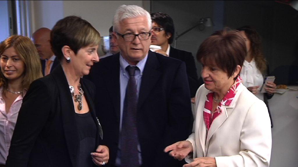 """Arantza Tapia: """"generar confianza hacia nuestro modelo económico es clave en la búsqueda de nuevas oportunidades para las empresas vascas"""" [1:50]"""