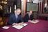 Josu Erkoreka e Ibon Areso firman un convenio para el intercambio online de datos entre ambas instituciones