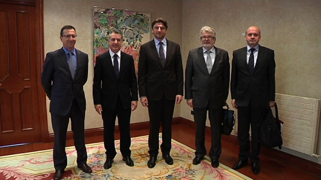 El Ministro de Turismo de Croacia visita Euskadi para conocer modelos de trabajo en los secores turístico y tecnológico [0:49]