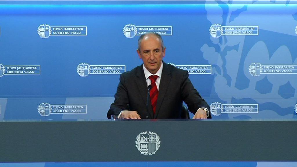 """El Gobierno Vasco aprueba el Plan de Paz y Convivencia """"mejorado"""" por las aportaciones de agentes políticos y sociales [0:00]"""