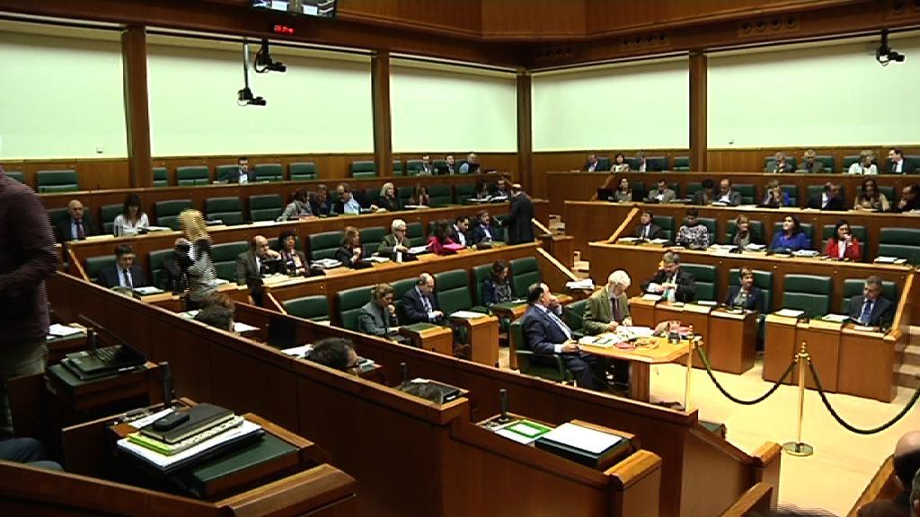 El Gobierno vasco cuenta ya con Presupuestos para 2014 [148:02]