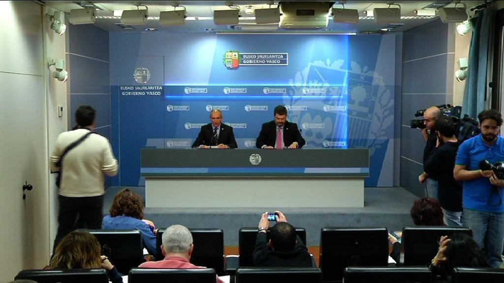 """El Gobierno vasco valora """"positivamente"""" la manifestación del sábado y cree que se deben de dar """"nuevos pasos"""" [28:27]"""