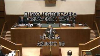 Pleno parlamento 08