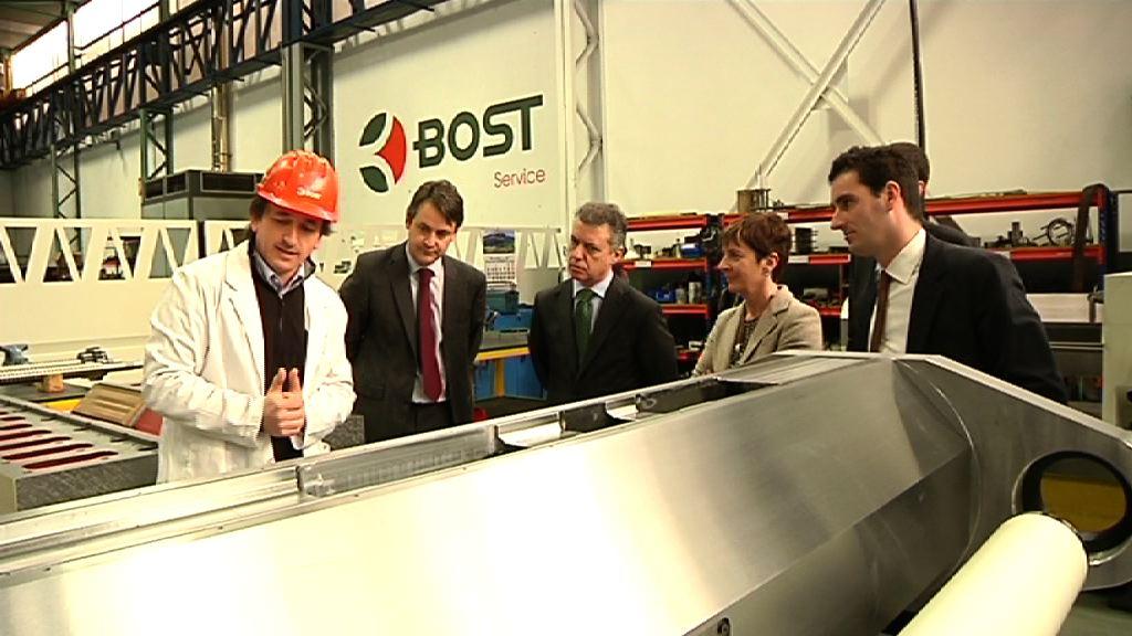 El lehendakari visita la empresa de máquina-herramienta Bost Machine [3:55]