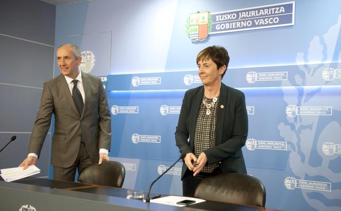 """El Gobierno vasco colabora para que  ETA lleve a cabo un desarme """"unilateral y sin condiciones"""""""