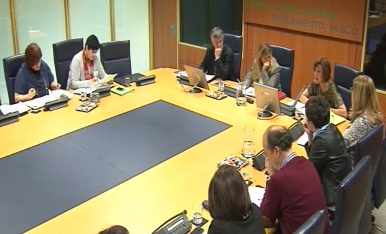 Comisión de Empleo, Políticas Sociales y Vivienda (25/2/2014) [117:55]