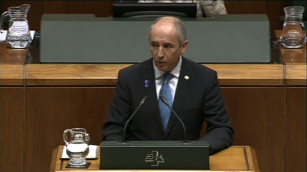 """El Gobierno convoca el """"Consejo Municipal de Euskadi"""" para abordar el futuro de la arquitectura institucional vasca [31:12]"""