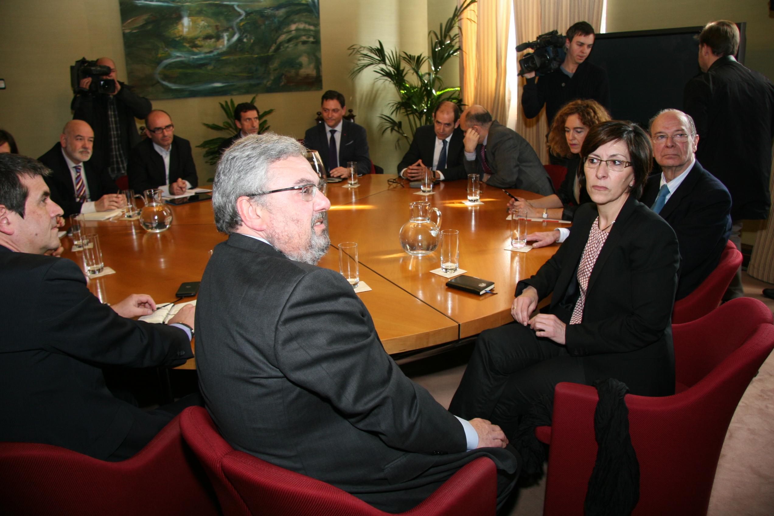 reunion_seguridad_ayuntamiento_bilbao_dendak_05.jpg