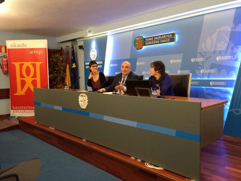 Presentación del Premio de Periodismo Rikardo Arregi [21:03]