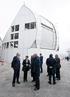 Munduko eguzki-teleskopiorik handienaren eraikuntzan hainbat euskal enpresak parte hartu dutela nabarmendu du Tapiak