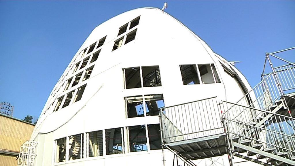 Arantza Tapia DKIST Eguzki teleskopiaren entregatze ekitaldian izan da [6:09]