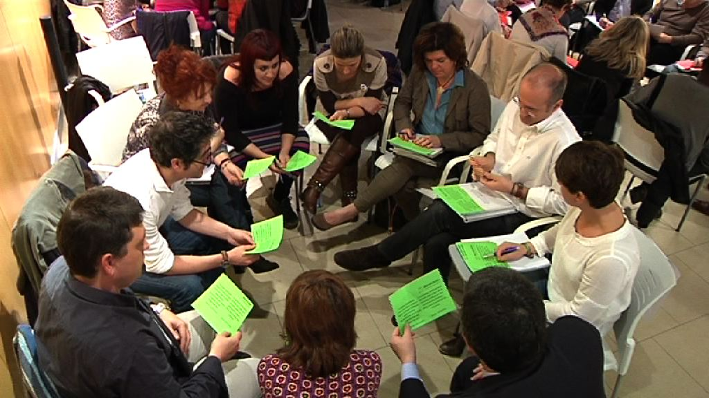 'Euskadirentzat Demokraziari eta Herritarren Partaidetzari buruzko Liburu Zuria'-ren 2. jardunaldia Gasteizen izan da [1:15]
