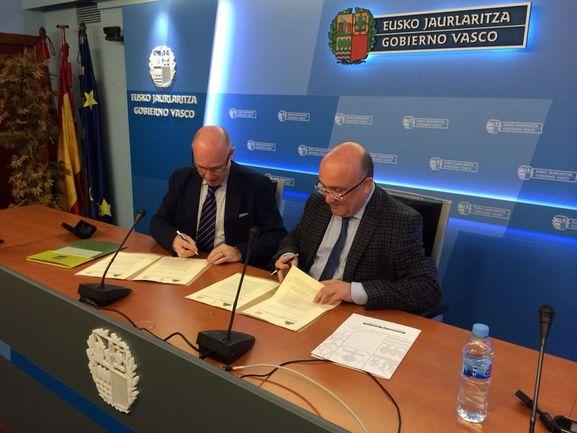 Ararteko y Gobierno vasco firman un convenio de colaboración en materia de derechos lingüísticos