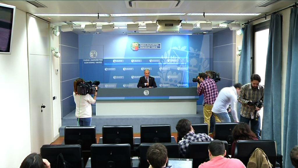 Eusko Jaurlaritzak Euskadiko Administrazio Publikoaren Legearen aurreproiektua jendearen partaidetzara zabalduko du [37:30]