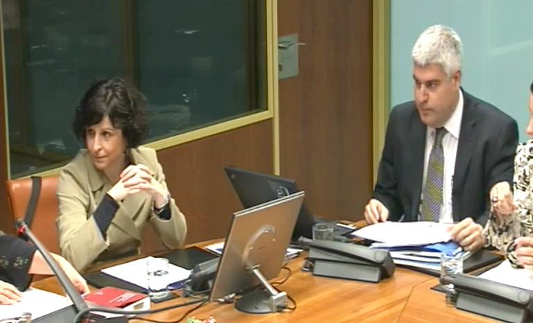 El Gobierno presenta las orientaciones para la planificación de las políticas públicas de cooperación al desarrollo [102:30]