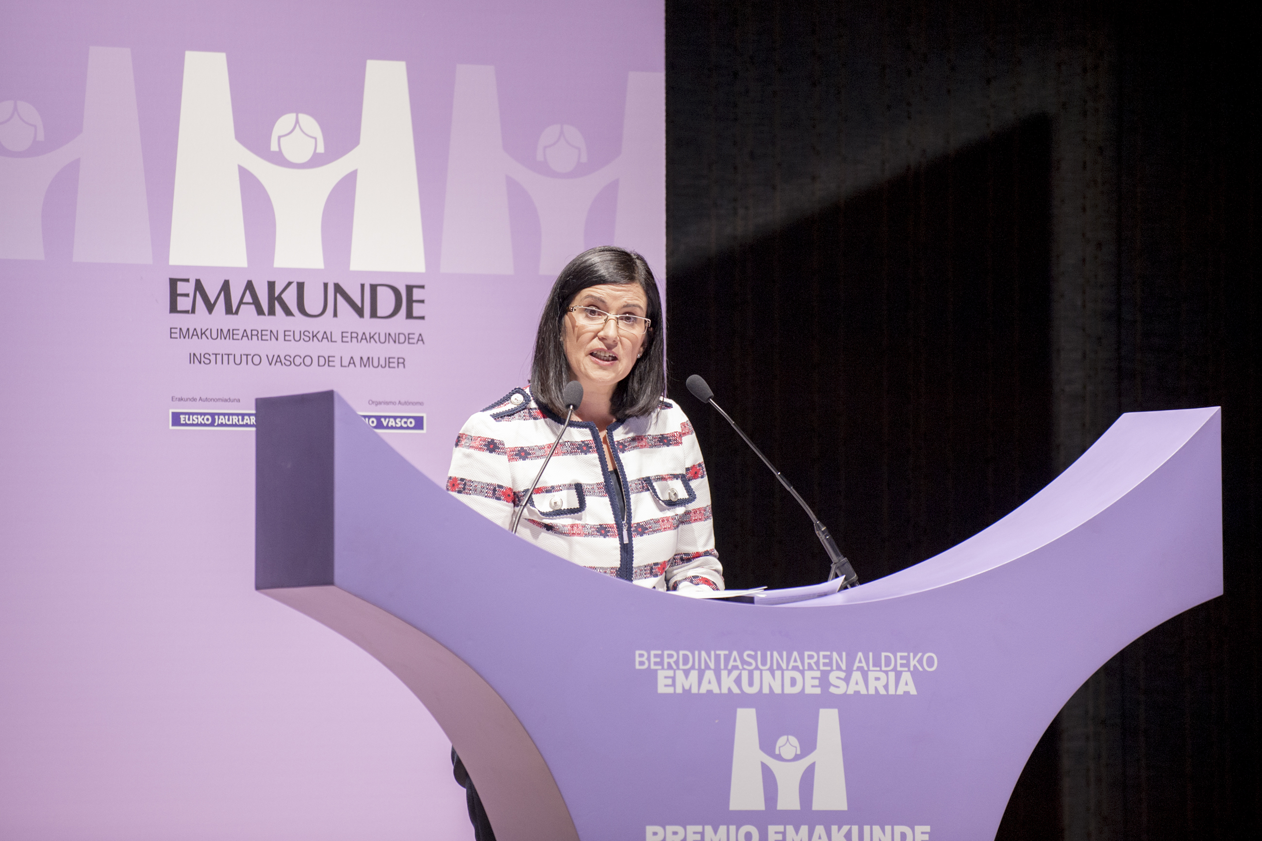 EMAKUNDE Reconoce la contribución de la sociedad vasca a la igualdad en su 30 aniversario