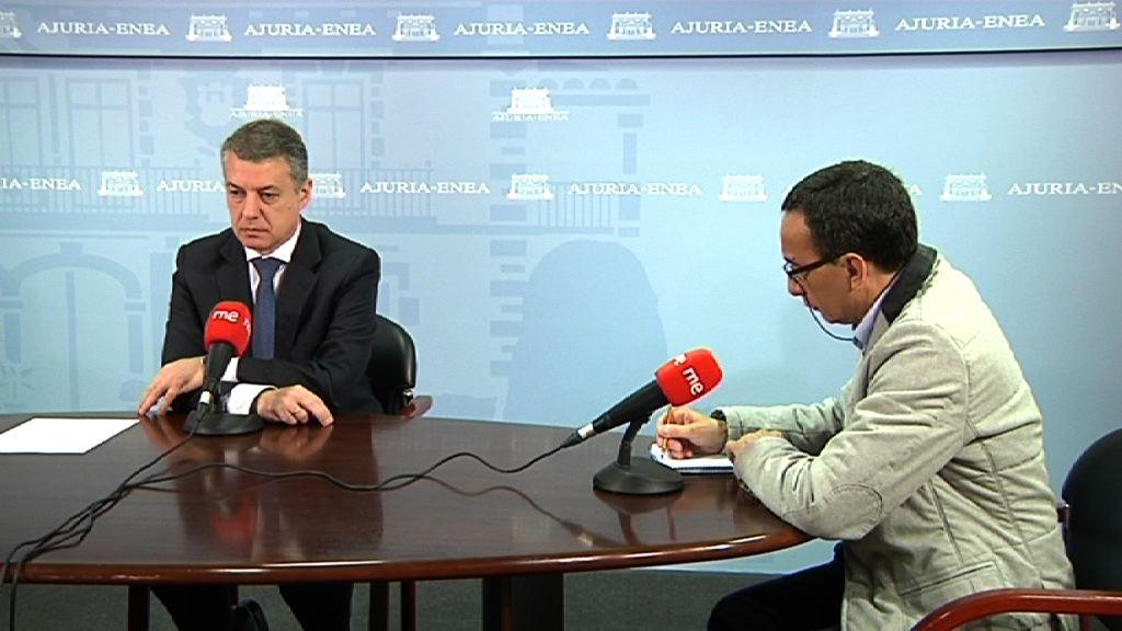 """El lehendakari subraya el """"compromiso absoluto"""" para con las víctimas de Ezenarro y Fernández [37:45]"""