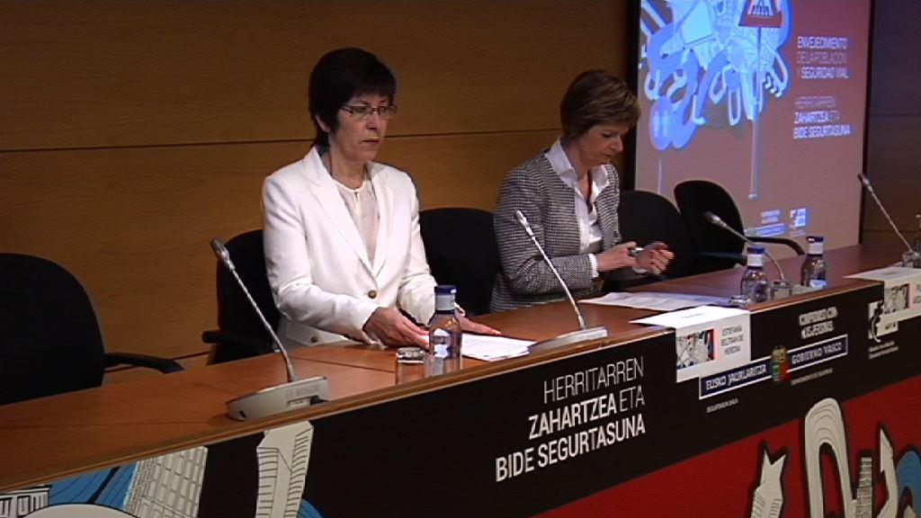 El Departamento de Seguridad del Gobierno Vasco apela al respeto y la responsabilidad para conseguir una movilidad segura de las personas mayores de 64 años [8:27]