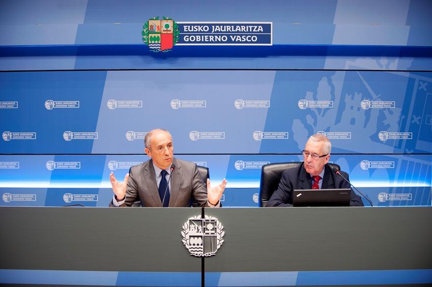 En 2013 hubo 14 homicidios en Euskadi, un 17,65% menos que el año anterior, según datos del Instituto Vasco de Medicina Legal [46:37]