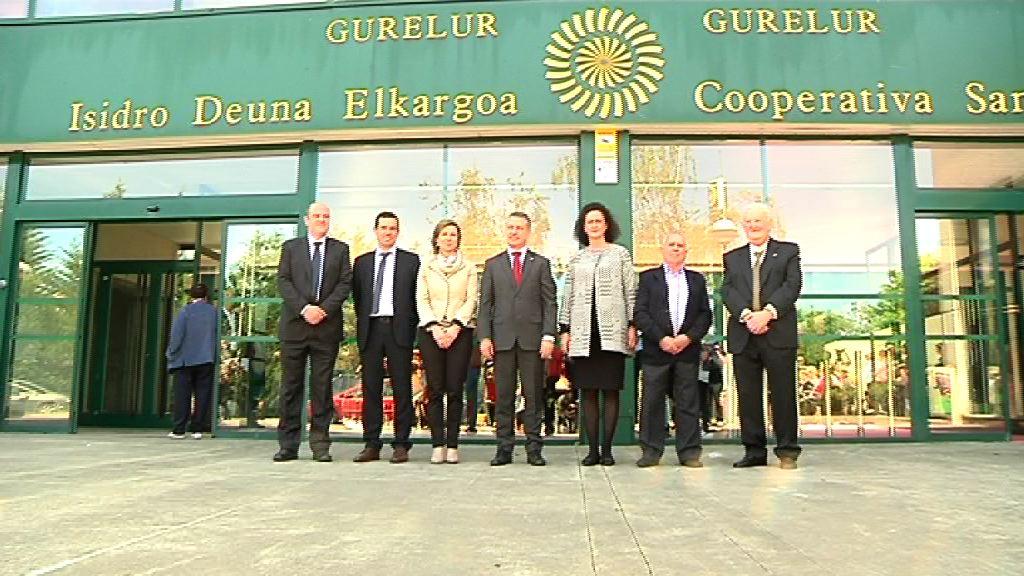 El lehendakari apuesta por una Política Agraria Común propia en el Centenario de la Cooperativa Agraria San Isidro - Gure Lur [7:13]