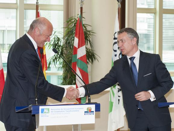 Imagen de archivo de la última Cumbre de la Eurorregión Aquitania-Euskadi el 28 de abril de 2014