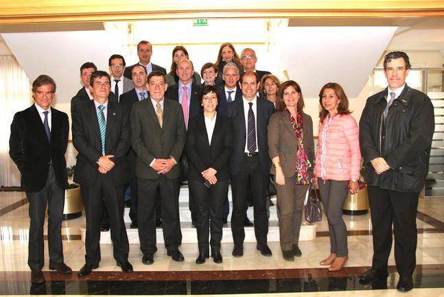 Consejera, cargos del Departamento de Seguridad, mandos de la Ertzaintza y miembros de la Judicatura y Fiscalía del País Vasco mantienen una jornada de trabajo en la Academia de Arkaute