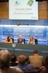 """Josu Erkoreka entrega el premio """"Jesús María Leizaola"""", ex aequo, a las investigadoras vizcaínas Gemma Martínez y Saioa Artiach"""