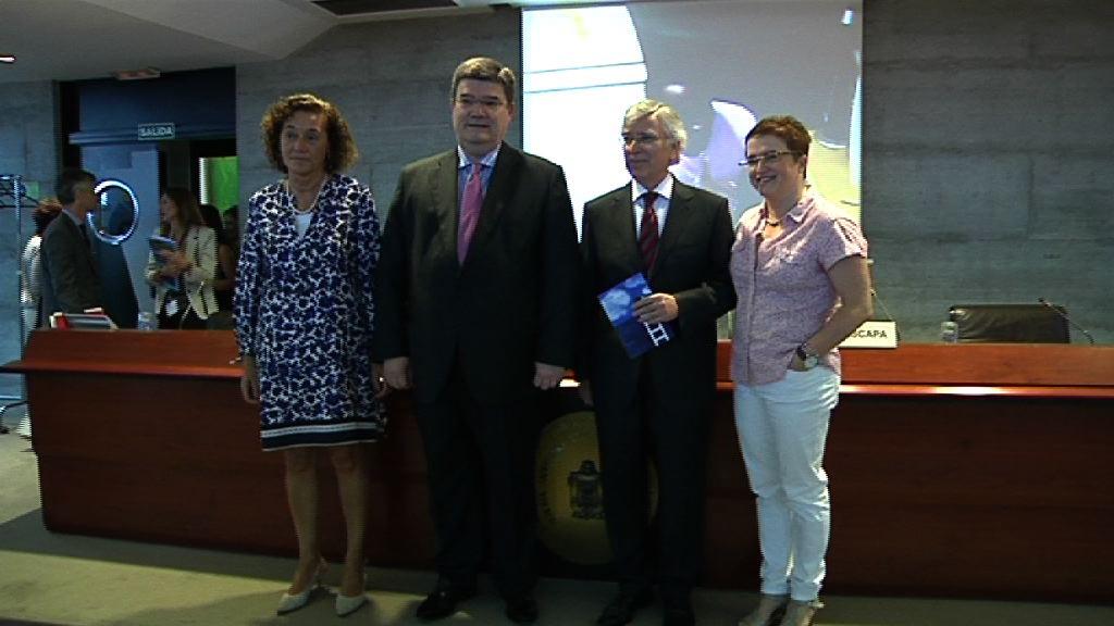 Aburto participa en la inauguración del XXIV Encuentro de la Abogacía sobre Derecho de Extranjería y Asilo [11:46]